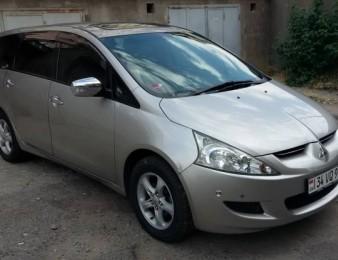 Mitsubishi Grandis , 2004թ.