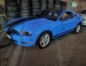 Ford mustang , 2010թ.