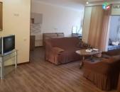 AL9118 Վարձով 3 սենյականոց բնակարան Վարդանանց փողոցում