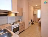 AL9088 Վարձով 2 սենյականոց բնակարան Չարենց, Կեռամիկայի մոտ