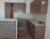 AL0646 Վարձով է տրվում 3 սենյականոց բնակարան Մամիկոնյանց փողոց, Շուկայի հարևանու