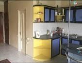 LA00795 Վարձով 2 սենյականոց բնակարան Աբովյան փողոցում