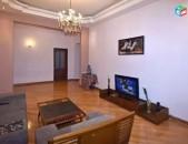 AL9036 Օրավարձով 3 սենյականոց բնակարան Նալբանդյան փողոցում