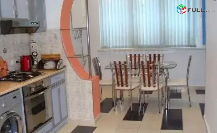 AL1195 Վարձով է տրվում 2 սենյականոց բնակարան Վարդանանց փողոց, Սախարովի հրապ. մոտ