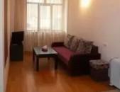 AL2189 Վարձով է տրվում 2 սենյականոց բնակարան Նար Դոս փողոցում