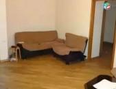 AL2906 Վարձով է տրվում 3 սենյականոց բնակարան Մաշտոց շուկայի մոտ