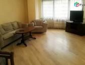 AL4637 Վարձով - 3 սենյականաոց բնակարան Վրացական փողոցում
