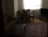 AL5987 Վարձով 3 սենյականոց բնակարան Վարդանանց, Հրապարակի հարևանությամբ