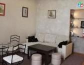 AL6898 Վարձով - 2 սենյականոց բնակարան Թումանյան փողոց