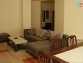 AL7717 Օրավարձով 3 սենյականոց բնակարան Մհեր Մկրտչյան, Հրապարակի հարևանությամբ