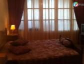 AL7171 Վարձով 2 սենյականոց բնակարան Արամ Խաչատրյան, 132 դպրոցի մոտ