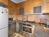 AL8899 Օրավարձով 4 սենյականոց բնակարան Սայաթ Նովա փողոցում