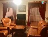 AL8189 Վարձով 3 սենյականոց բնակարան Արամ խաչատրյան, HSBC ի հարևանությամբ