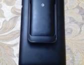 ASUS padfone (heraxos planshet)