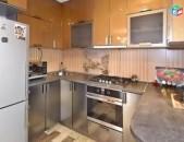 72178 Օրավարձով 4 սենյականոց բնակարան Սայաթ Նովա փողոցում