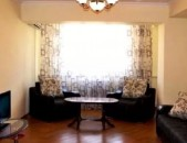 Վարձով - 2 սենյականոց բնակարան Թումանյան փողոցում / Tumanyan st