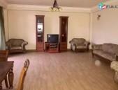 3 սենյականոց բնակարան Բարբյուսի փողոցում, Կիևյան խաչմերուկ նորակառույց