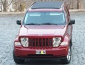 Jeep liberty 2012 panorama