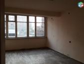 վաճառվում է 3 սենյականոց բնակարան