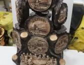 Փայտից հրաշալի գինու շշերի կոմպլեկտ