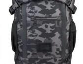 Նոր Red Bull Signature Series Technical Backpack Digi Camo / Black