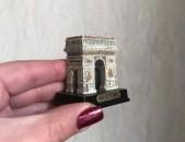 Suvinir Paris ic