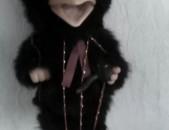 Sev agrav xaxaliq, marionet xaxaliq