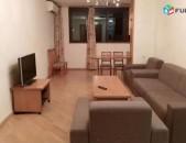 Վարձով է տրվում 3 սենյականոց բնակարան Սարյան փողոցում