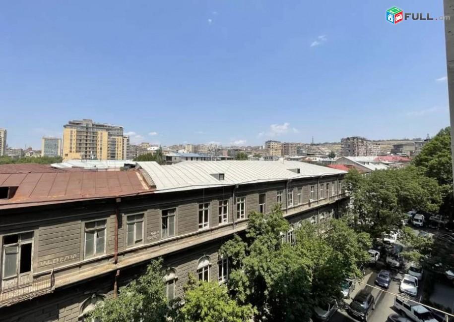 3 սենյականոց բնակարան նորակառույց շենքում Եզնիկ Կողբացու փողոցում