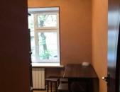 2 սենյականոց բնակարան, կապիտալ վերանորոգված՝ Արամ Խաչատրյան փողոցում
