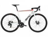 2020 BMC Teammachine SLR01 Three Force ETap AXS Disc Road Bike (GERACYCLES)