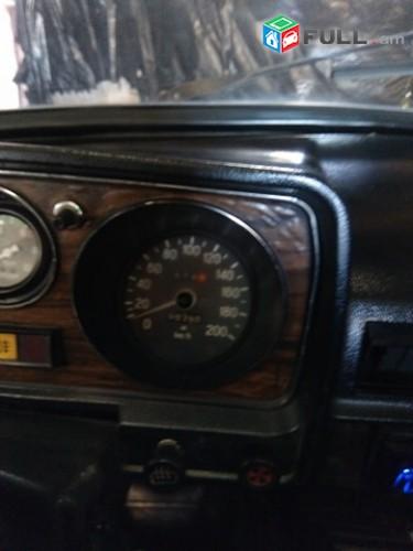 GAZ 24 , 1982թ.
