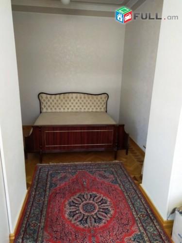 Վարձով 3 սենյականոց բնակարան Լենինգրադյան փողոցում, 90մք