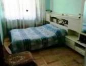 Վարձով 3 սենյականոց բնակարան Պարոնյան փողոցում, 70քմ