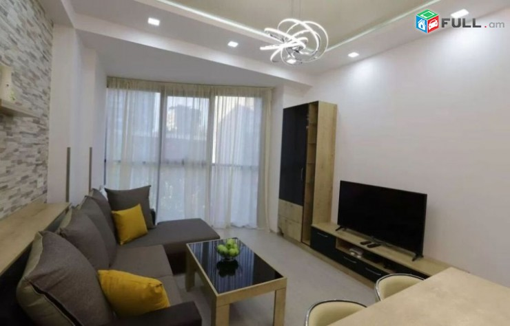 Օրավարձով 2 սենյականոց բնակարան Նալբանդյան փողոցում, 55քմ