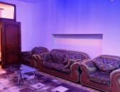Օրավարձով 3 սենյականոց բնակարան Մոսկովյան փողոցում, 100քմ