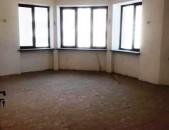 4 սենյականոց բնակարան Ծարավ Աղբյուրի փողոցում, 152մք