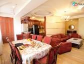 Վարձով 3 սենյականոց բնակարան Չարենցի փողոցում, 137քմ