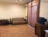 Վարձով 1 սենյականոց բնակարան Վարդանանց փողոցում, 52մք
