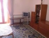 Վարձով 2 սենյականոց բնակարան Վարդանանց փողոցում, 54քմ