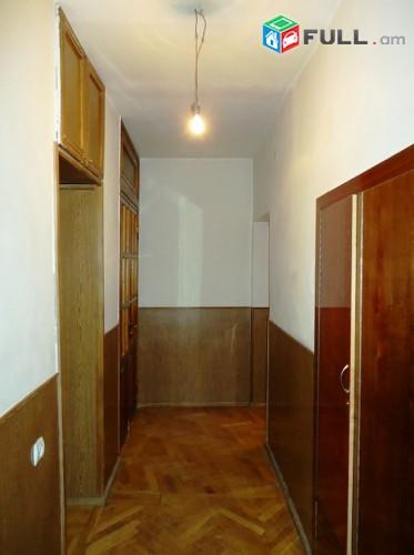 Վարձով 2 սենյականոց բնակարան Ա. Խաչատրյանի փողոցում, 56քմ
