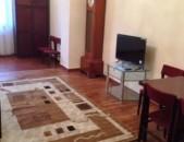 Վարձով 2 սենյականոց բնակարան Վարդանանց փողոցում, 76մք