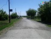 4-րդ գյուղ, Հախթանակ թաղ, սեփ. տնամերձ 1000քմ, 24-մետր ճակատ, հարթ