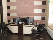 Գրասենյակային տարածք Վարդանանց փողոցում կենտրոնում Վերնիսաժի մոտակայքում, 125 ք.մ.