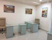 Գրասենյակային տարածք Սայաթ-Նովայի պողոտայում կենտրոնում, 140 ք.մ.