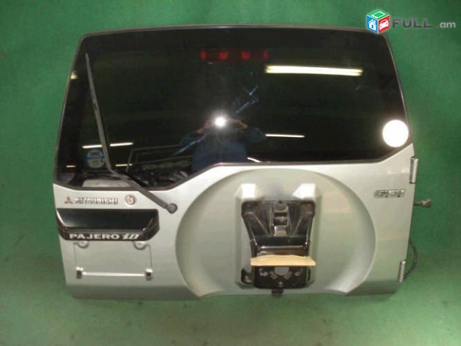 Mitsubishi Pajero io bagajniki dur