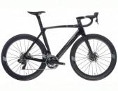 2021 - Bianchi Road Bike OLTRE XR.4 DISC Red eTap AXS (RUNCYCLES)