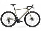 2021 - BMC Road Bike Roadmachine 01 ONE Red ETAP AXS HRD (RUNCYCLES)