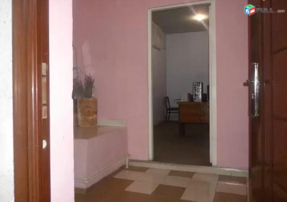 AL12475 Վարձով  6 սենյակ  170 քմ  տարածք Կիևյան փողոցում