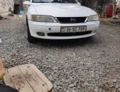 Opel Vectra, 1996 թ.